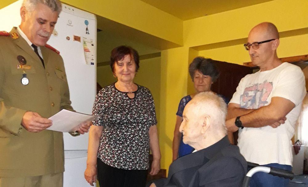 Un veteran de război, aniversat la 100 de ani