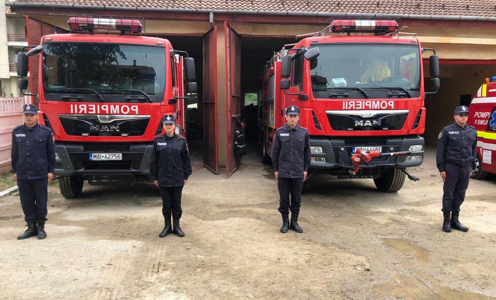 8 tineri mehedințeni au ales să se alăture marii familii a pompierilor