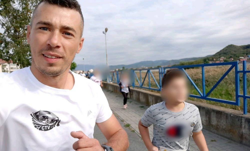 A alergat 101 kilometri pentru un copil cu autism
