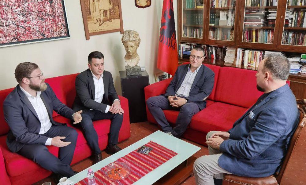 Colaborare între Liga Albanezilor din România (ALAR) și Muzeul Național de Istorie a Albaniei, de la Tirana