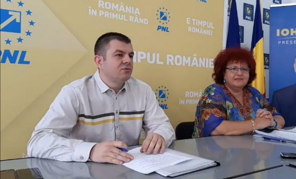 Consilierii PNL acuză: banii craiovenilor, aruncați în buzunarele clientelei PSD