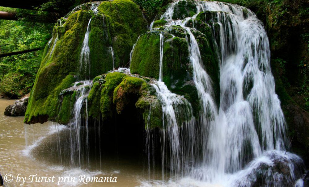 Diamantul Parcului Naţional Cheile Nerei-Beuşniţa – Cascada Bigăr