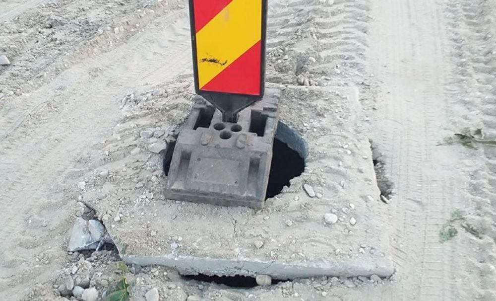 Dorel de Craiova: capace pătrate peste guri de canal rotunde