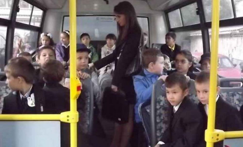 Elevii vor beneficia de gratuitate pe transportul public local pe tot parcursul anului școlar!
