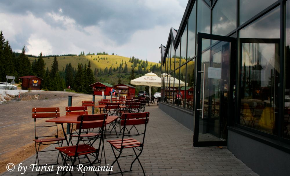 Fine dining la înălțime, Restaurant Oxygen Restro