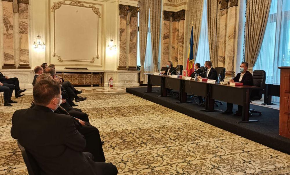 Istoria literaturii albaneze: de la origini până în prezent, de Luan Topciu, lansată de Liga Albanezilor la Palatul Parlamentului