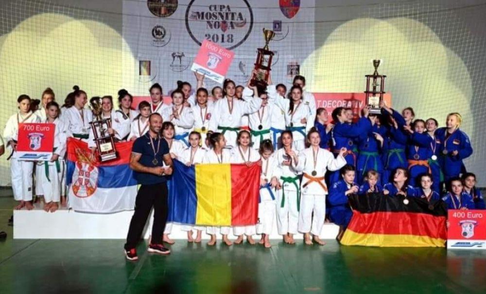 Judoka Alexia Birtu, pe primul loc cu echipa României la o competiție europeană