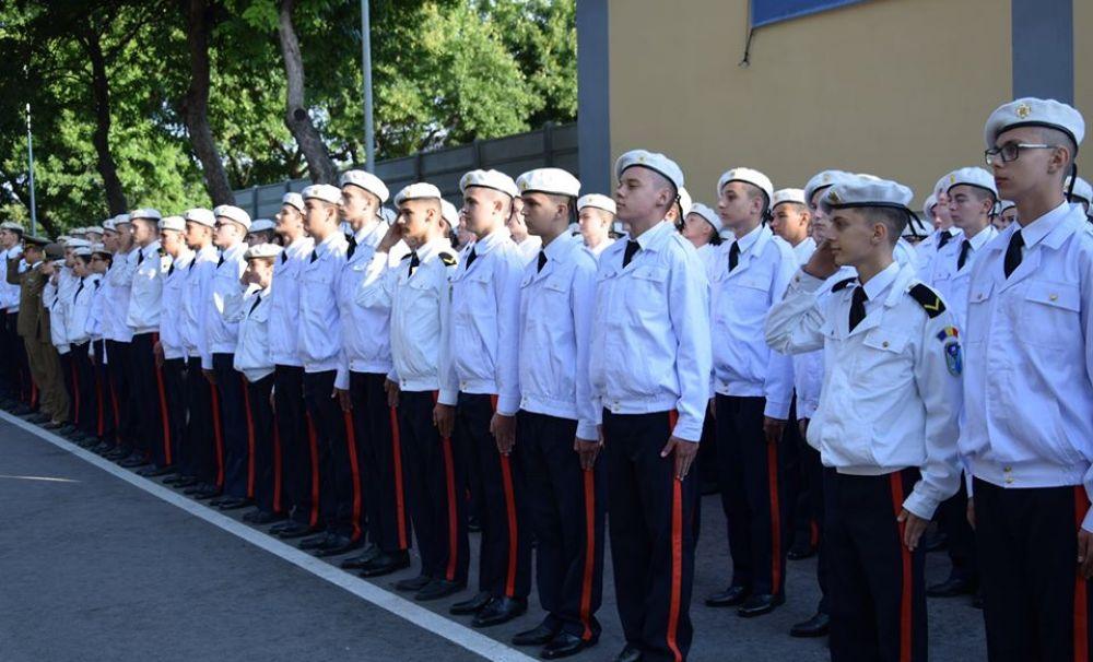 La Colegiul Naţional Militar Tudor Vladimirescu - Craiova au fost admişi 120 de elevi