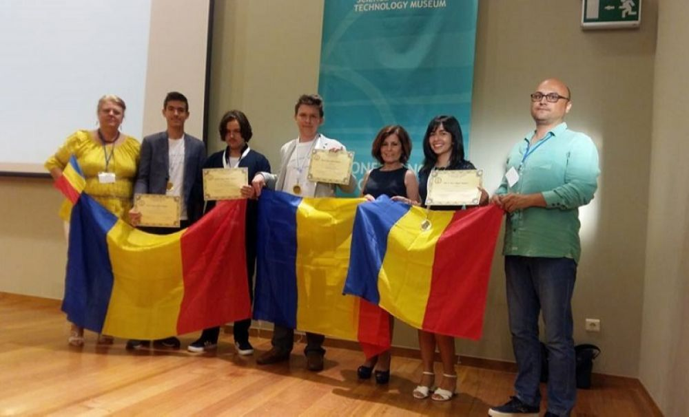 Medalii de aur şi argint pentru elevii români, la Olimpiada Balcanică de Fizică