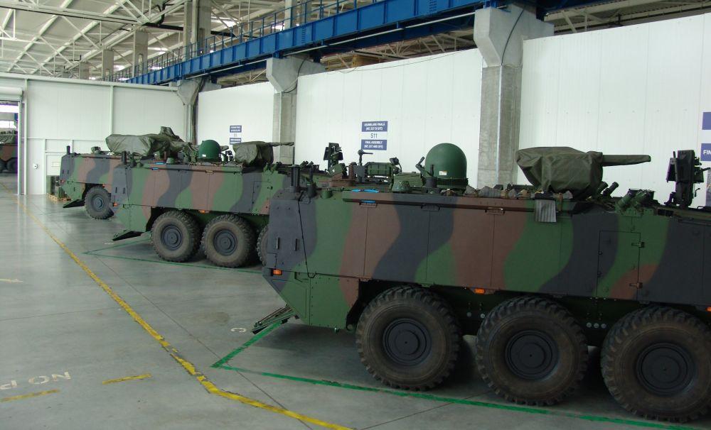 Militarii Brigăzii Multinaționale Sud-Est vor fi primii militari înzestrați cu transportoare blindate PIRANHA V