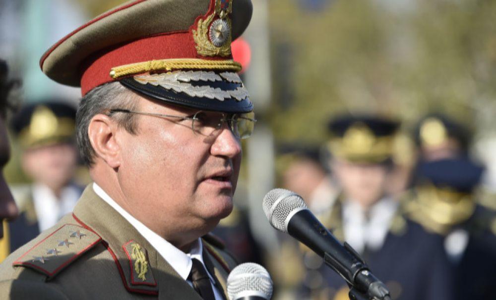 Ministrul Apărării, Nicolae Ciucă, intră în PNL și candidează pentru Senat la Dolj