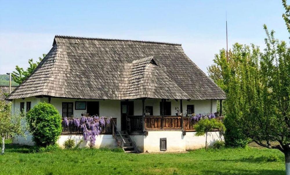 Muzeul satului din Vâlcea, atracţie pentru turişti