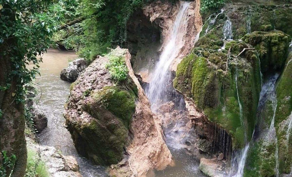 O MARE PIERDERE! Cascada Bigăr s-a prăbușit. Ecologiștii trag un semnal de alarmă!