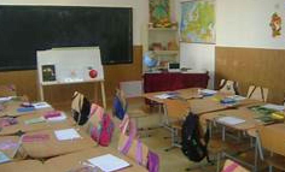 O şcoală din Olt a fost închisă în prima zi de şcoală