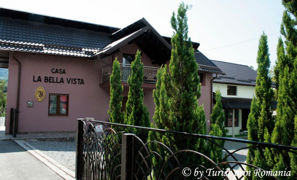 Ospitalitatea maramureșeană la Casa La Bella Vista din Moisei