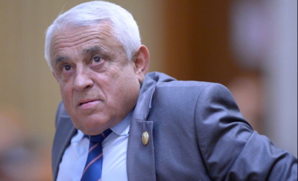 Petre Daea a mințit! Ministrul Agriculturii a umflat raportul producției la porumb în 2017 și 2018