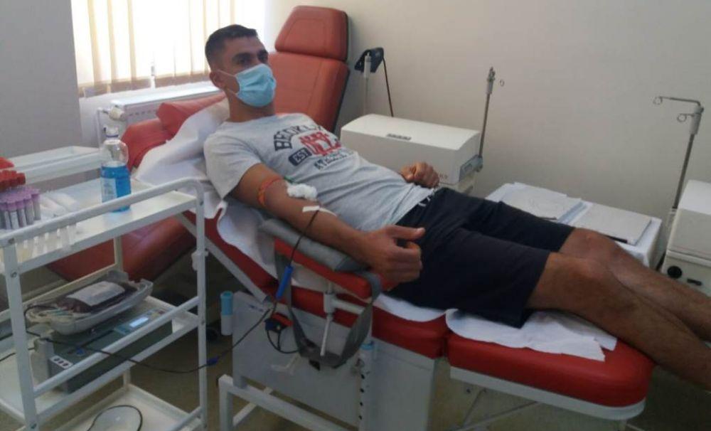 Pompierii au donat sânge