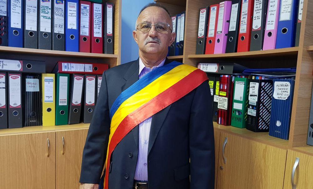 Primarul unei comune din Dolj, implicat într-un scandal sexual