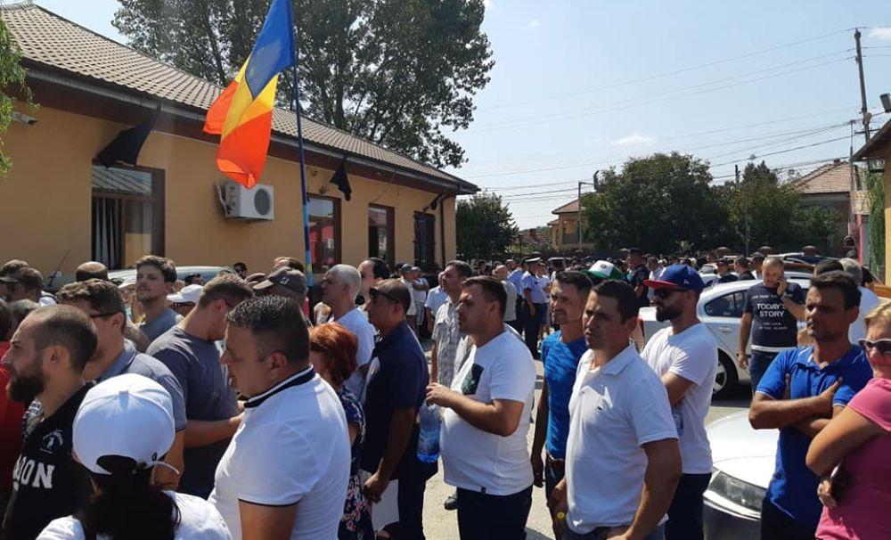 PRO DEMOCRAȚIA: Agenția pentru Protecția Mediului Dolj încalcă legea și sfidează interesele cetățenilor români