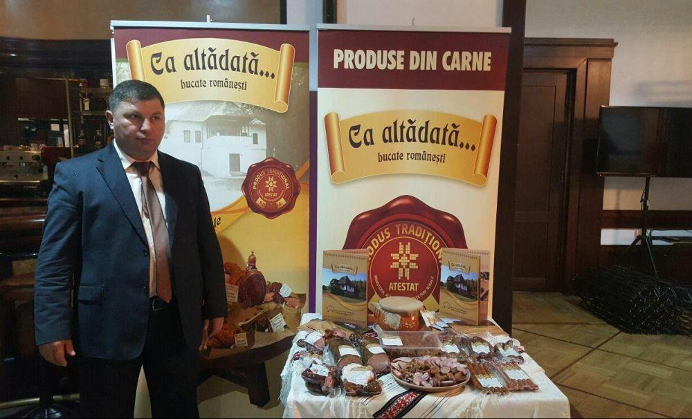 Produse eco! El este olteanul care prepară cele mai gustoase preparate tradiţionale după reţete originale de sute de ani