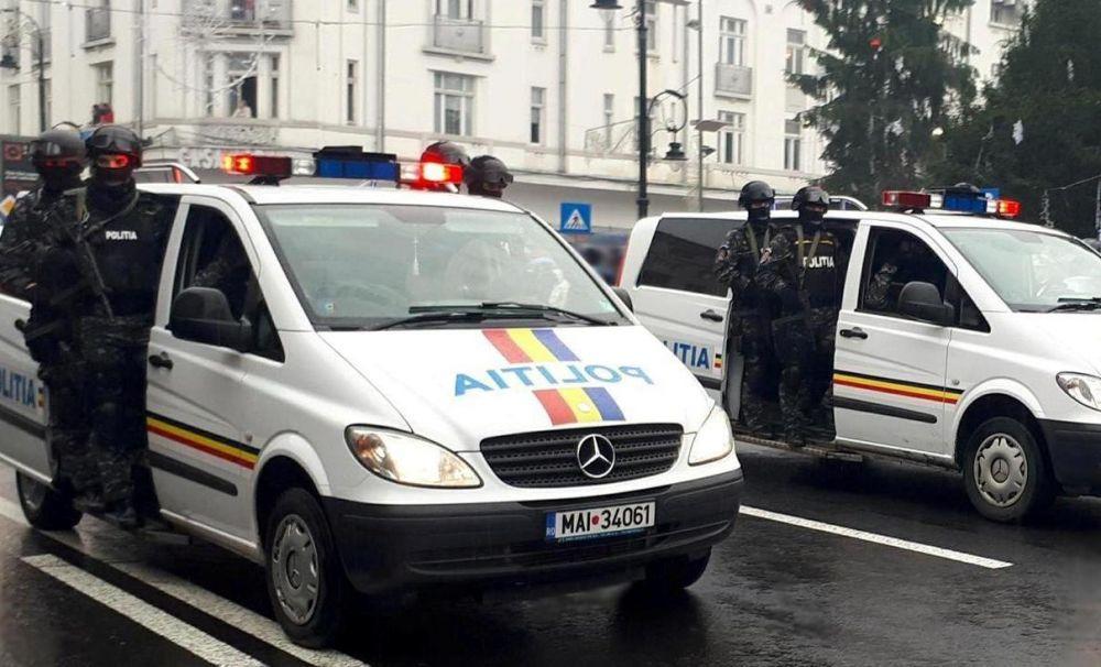 Reprezentanţii IPJ Dolj  au fost astăzi prezenţi la manifestările de 1 Decembrie – Ziua Națională a României