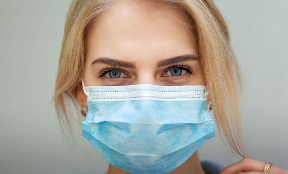 Restricții pentru combaterea pandemiei. Vezi ce ai voie să faci și ce nu