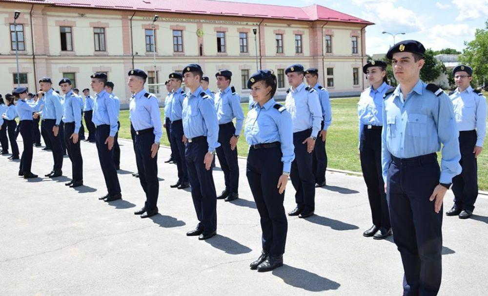 S-au repartizat locurile în învățământul liceal militar