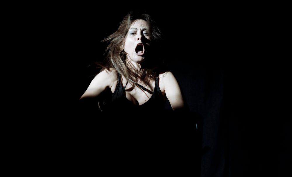 Spectacolul OBSESII deschide stagiunea Teatrului Național Marin Sorescu din Craiova