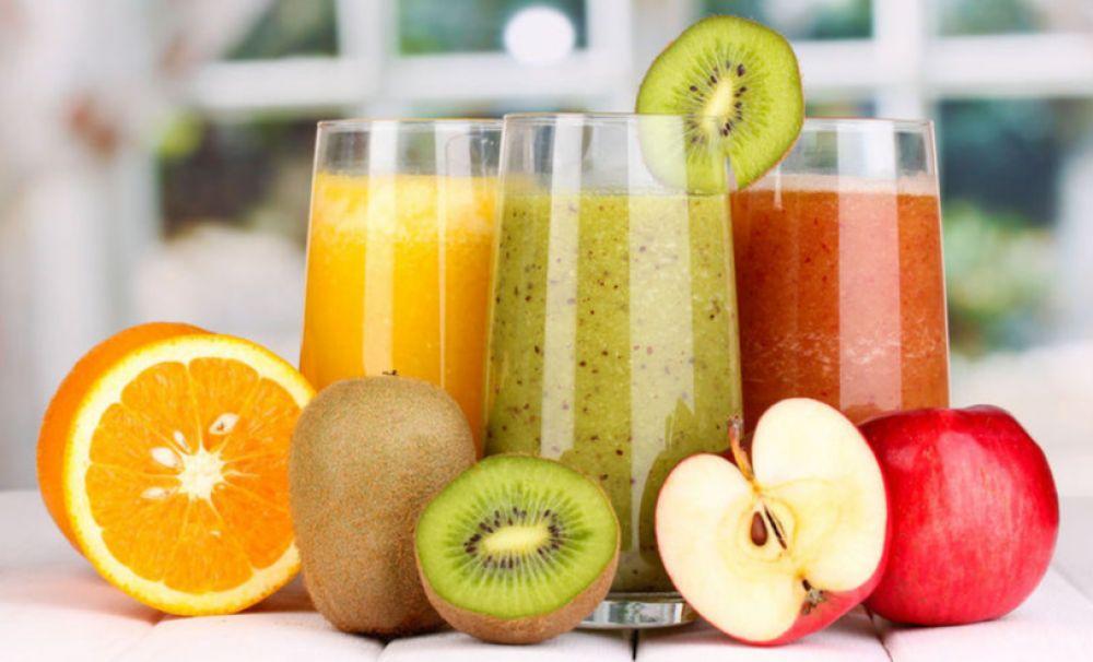 Sucurile de vară, esențiale pentru protecția trupului în sezonul cald