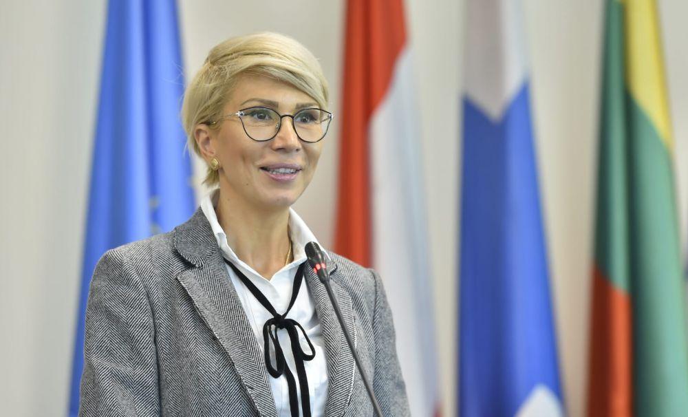 Vicepremierul Raluca Turcan: Bugetul Educației nu scade, ci crește în anul 2020!